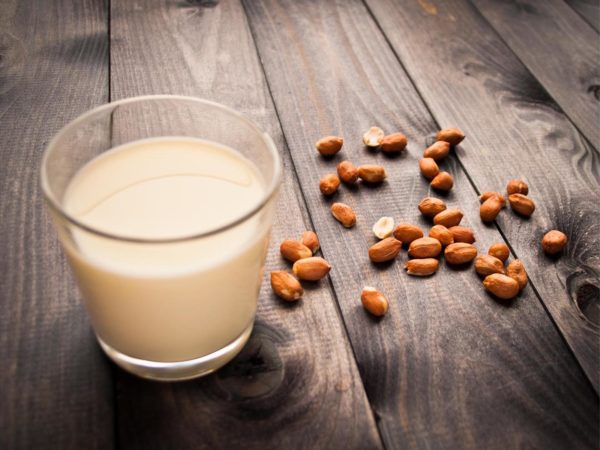sữa hạt cho bé sữa hạt cho bé Sữa hạt cho bé vừa dễ làm vừa dễ uống mà không lo rối loạn tiêu hóa (Phần 2) sua hat cho be 01 5 e1564913116799