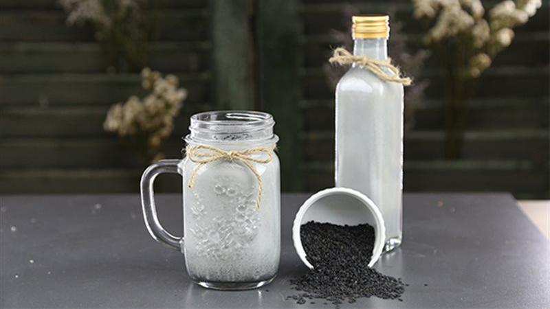 Cách làm sữa mè đen sữa mè đen Cách làm sữa mè đen tươi ngon sua me den 1