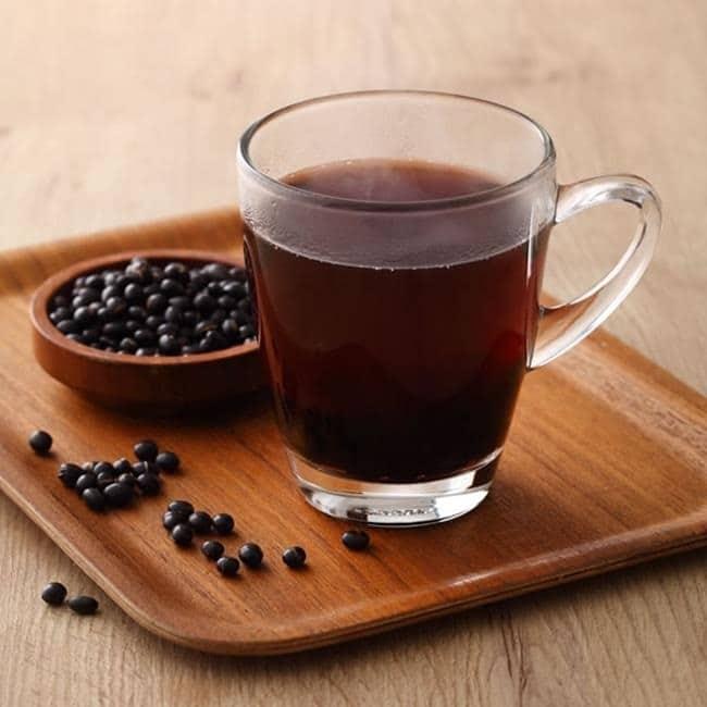 nuoc-do-den-rang nước đỗ đen rang Nước đỗ đen rang uống mỗi ngày liệu có tốt không? uong nuoc dau den rang co tac dung gi 4