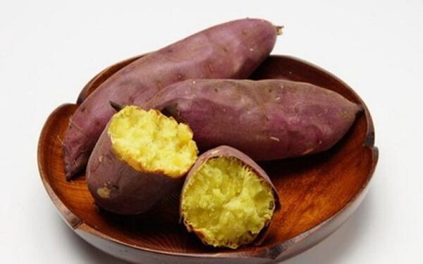 cach-hap-khoai-lang cách hấp khoai lang Cách hấp khoai lang ngon bở giữ được nhiều dinh dưỡng 0 vl9hEq6F PNPs0dq