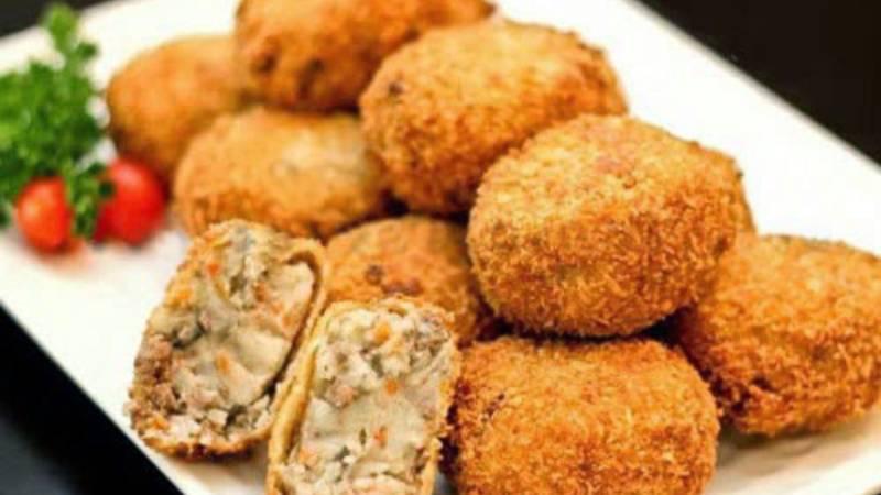 banh-khoai-tay-nghien bánh khoai tây nghiền Cách làm bánh khoai tây nghiền thơm ngậy kiểu Hàn Quốc b1bkhoai tay nhan thit chien xu 1