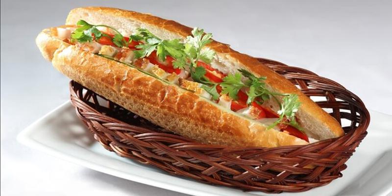 Bánh mì thịt bánh mì thịt Các cách làm bánh mì thịt siêu ngon, siêu hấp dẫn banh mi thit heo