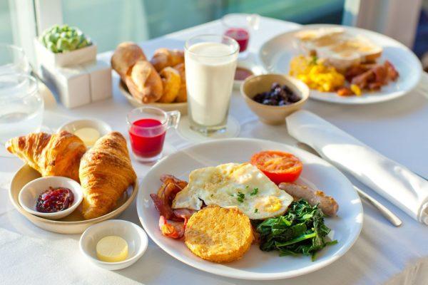 bữa sáng dinh dưỡng bữa sáng dinh dưỡng Bữa sáng dinh dưỡng cho ngày tràn đầy năng lượng bua sang dinh duong e1569261324841