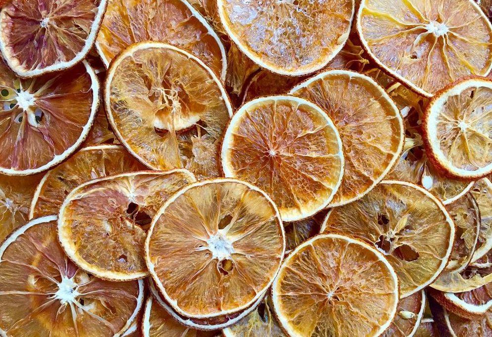 hoa-qua-say-kho-bang-lo-vi-song hoa quả sấy khô bằng lò vi sóng Cách làm hoa quả sấy khô bằng lò vi sóng ăn là nghiện cach lam cam say kho bang lo vi song e1568170751408