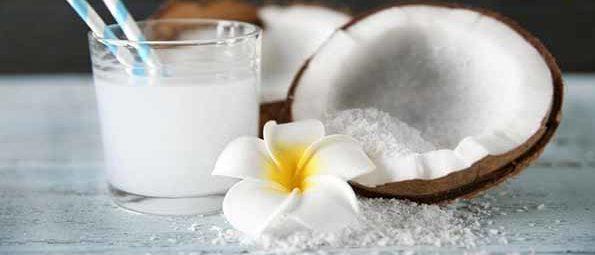 sinh-to-dua sinh tố dừa Cách làm sinh tố dừa sáp ngon không cần chỉnh cach lam sinh to dua 1 e1569393263288
