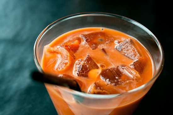 tra-sua-thai trà sữa thái Cách làm trà sữa Thái ngon cực đơn giản dễ làm cach lam tra sua thai lan 2