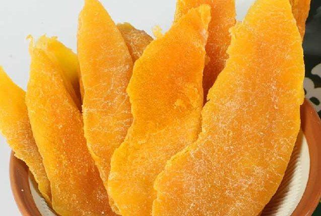 hoa-qua-say-kho-bang-lo-vi-song hoa quả sấy khô bằng lò vi sóng Cách làm hoa quả sấy khô bằng lò vi sóng ăn là nghiện cach lam xoai say deo bang lo vi song 1 e1568170498772