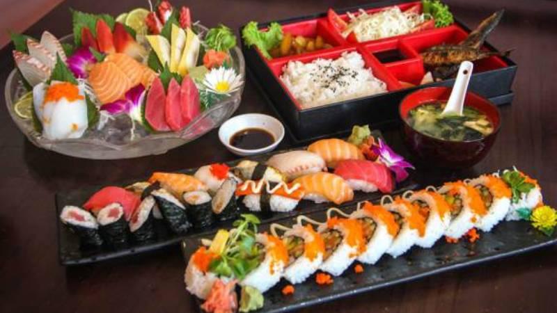 cách làm sushi Cách làm sushi ngon nhất cùng thưởng thức cuối tuần foody mobile da jpg 988 636294209070282222 1