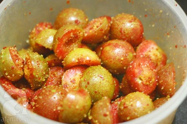 man-dam mận dầm Cách làm mận dầm vị chua cay mặn ngọt ngon bùi tại nhà man rat ngon nhung cu co an theo cach nay can than co ngay nhap vien 165136