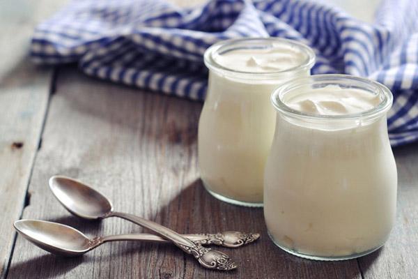 sua-chua-bang-sua-ong-tho sữa chua bằng sữa ông thọ Cách làm sữa chua bằng sữa ông thọ ngon không thể chối từ tại nhà sua chua min 1