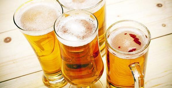 bia-va-trung-ga bia và trứng gà Bạn có biết bia và trứng gà có tác dụng gì không? tai sao nen uong bia va trung ga2u   e1569217825835