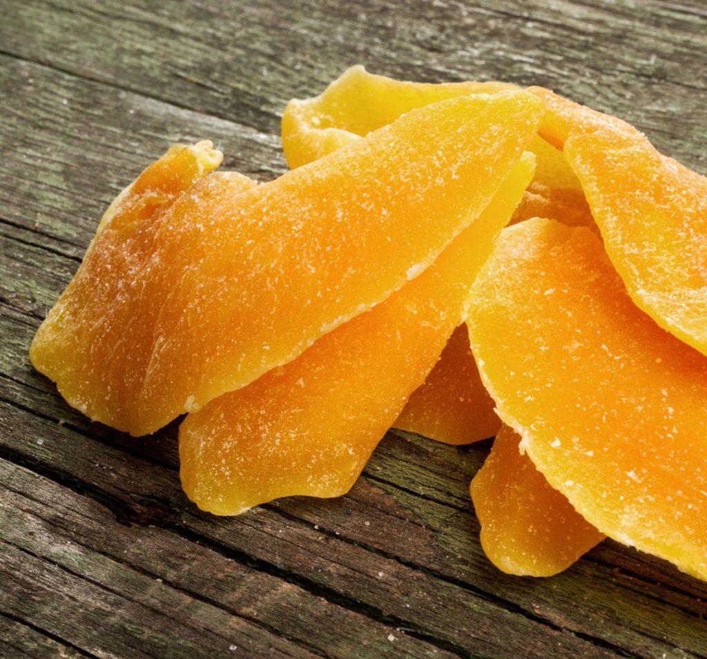 hoa-qua-say-kho-bang-lo-vi-song hoa quả sấy khô bằng lò vi sóng Cách làm hoa quả sấy khô bằng lò vi sóng ăn là nghiện xoai say kho bang lo vi song e1568169660230 1024x955