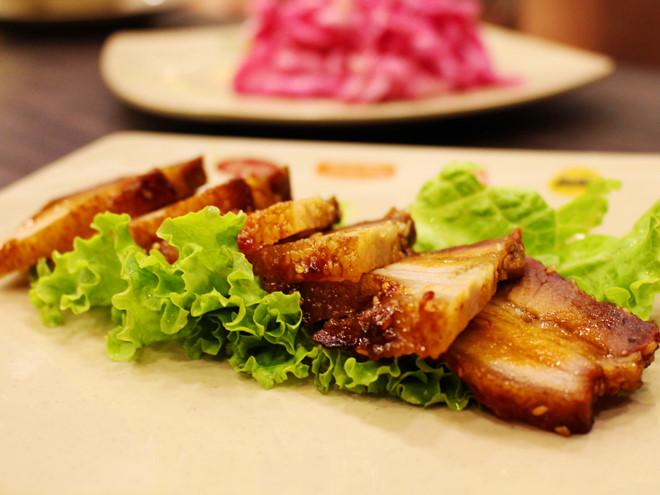 thit-nuong-bang-lo-nuong thịt nướng bằng lò nướng Cách làm thịt nướng bằng lò nướng cực đơn giản và hấp dẫn 1 1