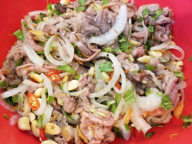 bo-tai-chanh bò tái chanh Cách làm bò tái chanh ngày cuối tuần cho bữa cơm thêm vị PN bo tai chanh 07