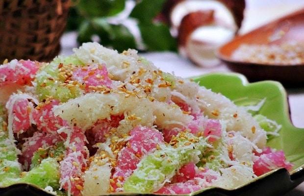 banh-tam-khoai-mi bánh tằm khoai mì Cách làm bánh tằm khoai mì cực độc lạ hấp dẫn banh tam khoai mi