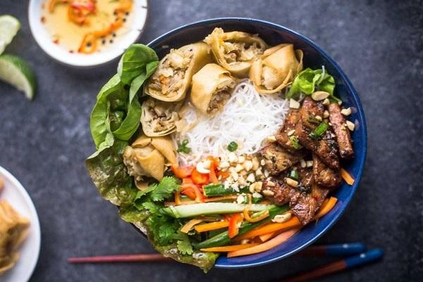bun-thit-nuong bún thịt nướng Cách làm bún thịt nướng đúng chuẩn vị Hà Nội ngon hết ý bun thit nuong