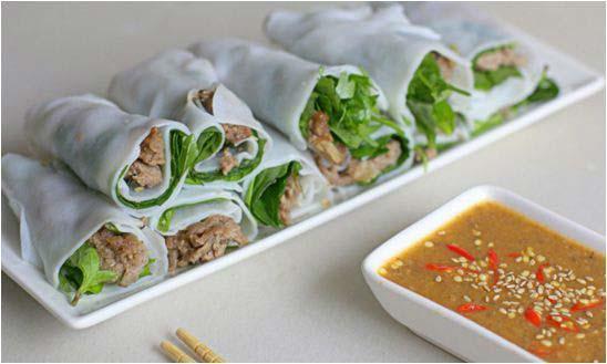 banh-uot-thit-nuong bánh ướt thịt nướng Hướng dẫn làm bánh ướt thịt nướng chuẩn chỉnh vị xứ Huế cach lam banh uot thit nuong thom ngon 1