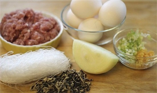 cha-trung chả trứng Cách làm chả trứng nướng hấp ngon tuyệt vời cach lam cha trung 600x355