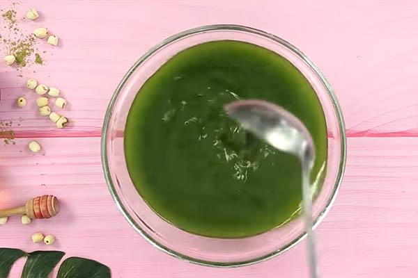 xoi-tra-xanh xôi trà xanh Cách làm xôi trà xanh vừa độc vừa lạ lại vừa ngon cach lam xoi tra xanh khuay bot