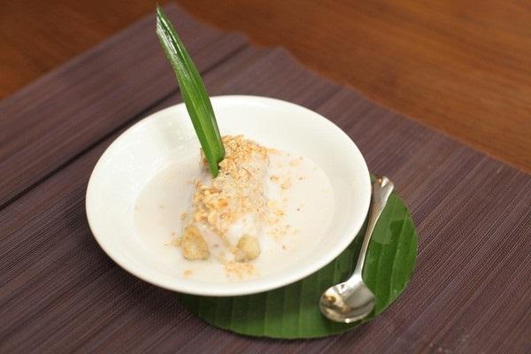 chuoi-nuong-nuoc-cot-dua chuối nướng nước cốt dừa Chuối nướng nước cốt dừa – thức ăn tuổi thơ của người Nam bộ chuoi nuong nuoc cot dua