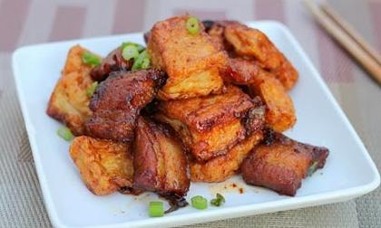 thit-kho-dau-hu thịt kho đậu hũ Cách làm thịt kho đậu hũ đưa cơm ngày se lạnh lam thit lon kho dau hu