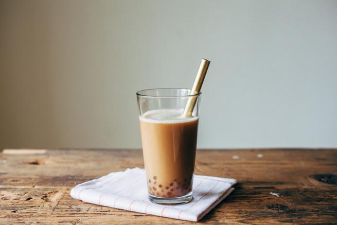 tra-sua-thach-pho-mai trà sữa thạch phô mai Cách làm trà sữa thạch phô mai cực độc đáo, uống là mê tra sua tran chau vi socola