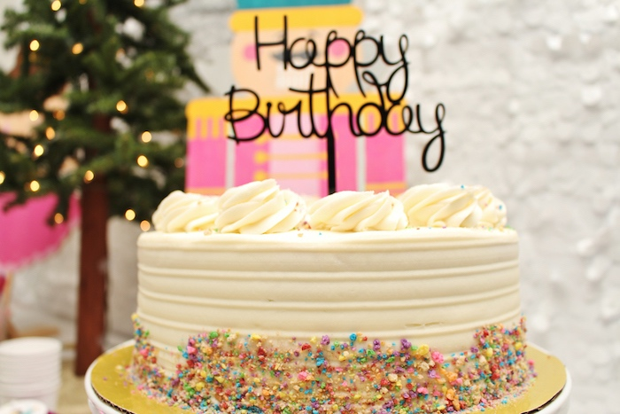 Bánh sinh nhật đẹp trang trí bằng cốm