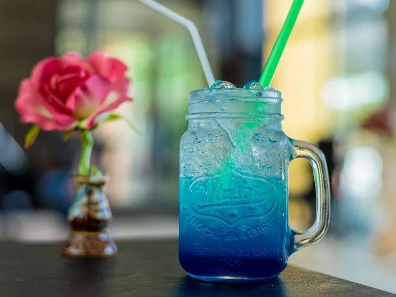 soda-blue-ocean cách pha chế soda Cách pha chế soda mix trái cây cho mùa hè rực rỡ sắc màu cach pha che soda