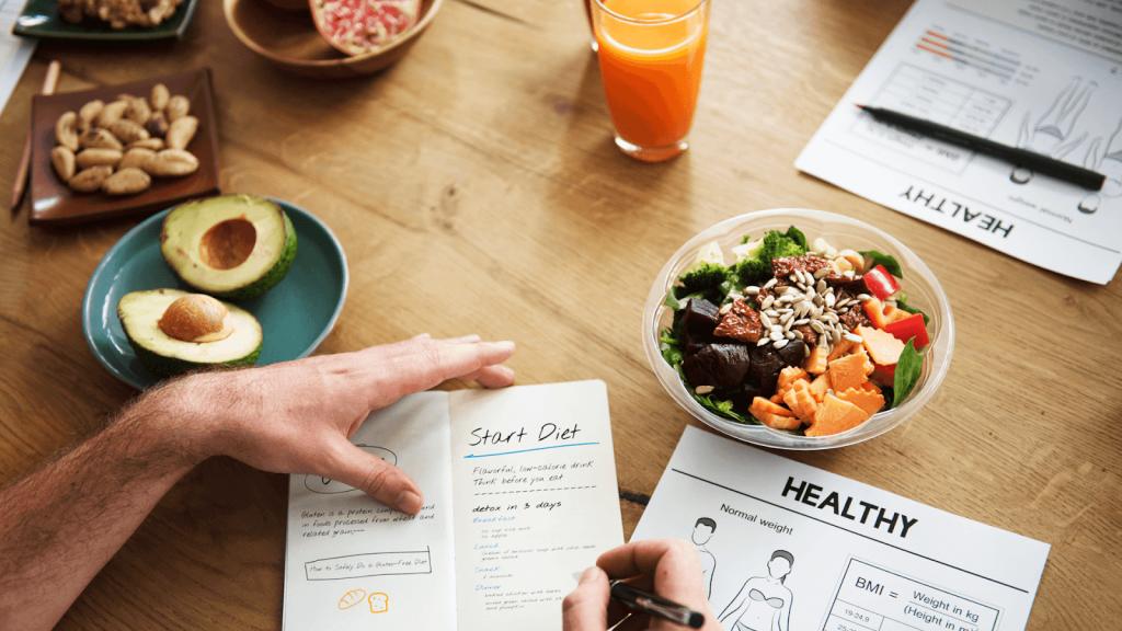 bữa ăn healthy giảm cân bữa ăn healthy giảm cân Bật mí thực đơn bữa ăn healthy giảm cân cực hiệu quả bua an healthy giam can 1 1024x576