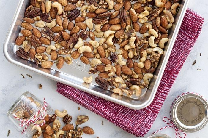 Bánh đồng tiền mix hạt siêu HOT TẾT 2021 bánh đồng tiền mix hạt Cách làm bánh đồng tiền mix hạt siêu HOT TẾT 2021 banh dong tien mix hat 2