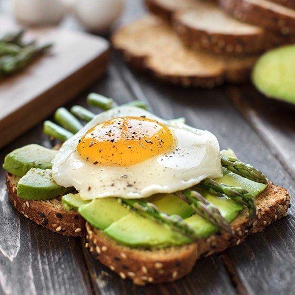 Chế độ ăn với bánh mì đen